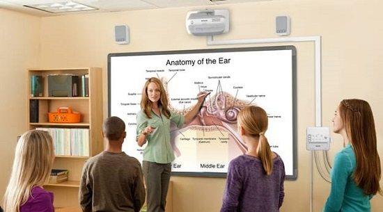 Instalación de Sonido y Video para Colegios